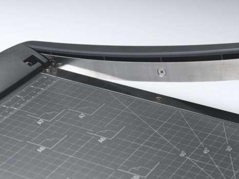 Páková řezačka Rexel CL120 - formát řezu A3